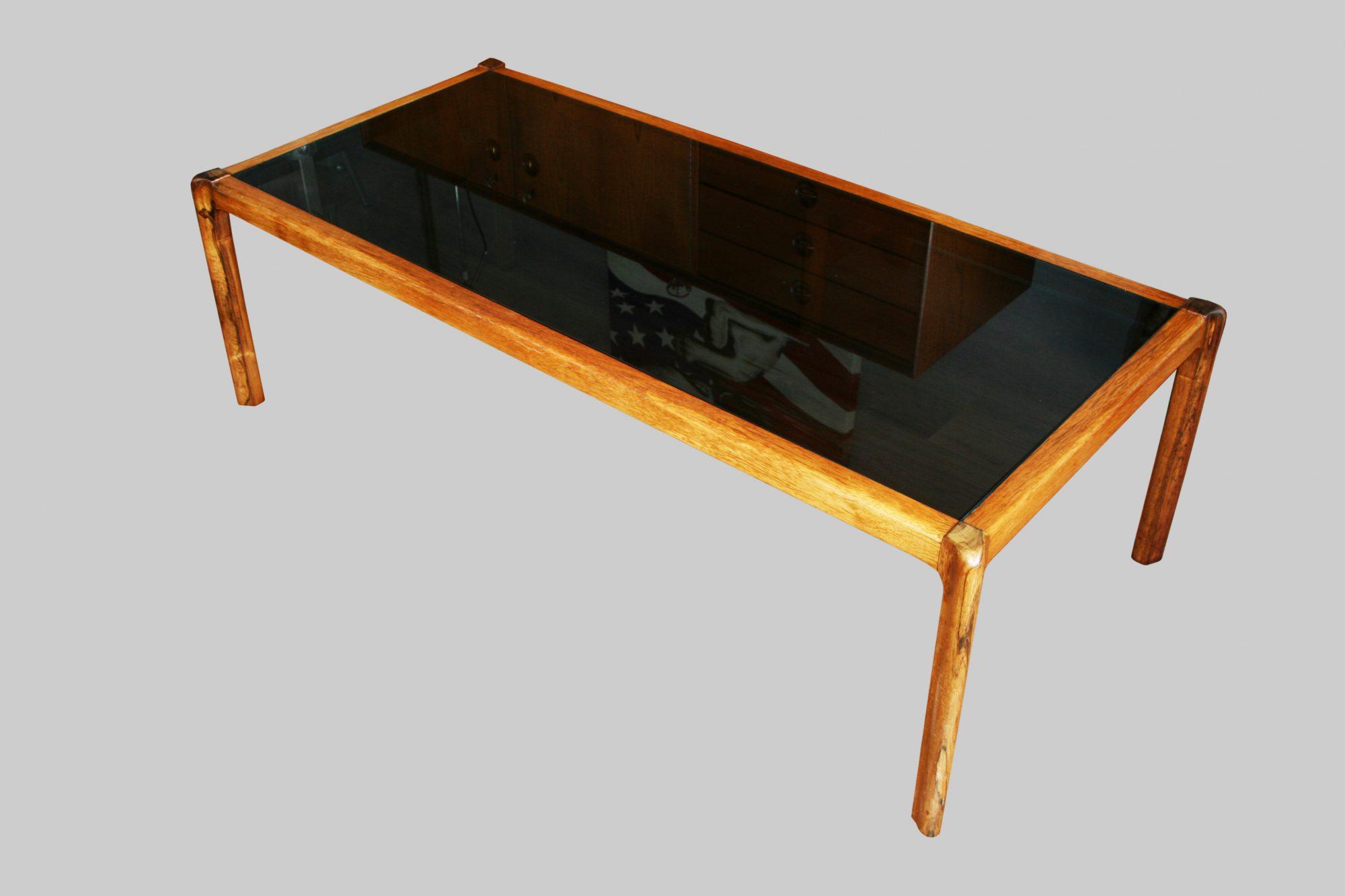 couchtisch ohne ecken stunning gallery of designtisch couchtisch weis holz metall rund carl. Black Bedroom Furniture Sets. Home Design Ideas